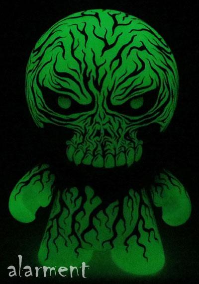 ShadowSkull Munny GID alarment