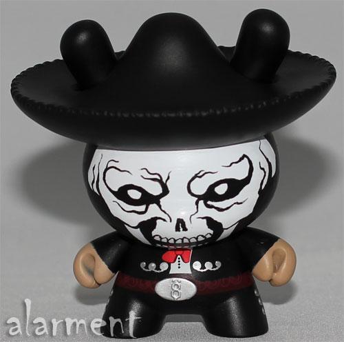 alarment mariachi skull dunny